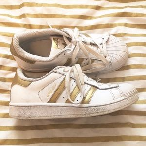 Other - Girls adidas superstars in gold
